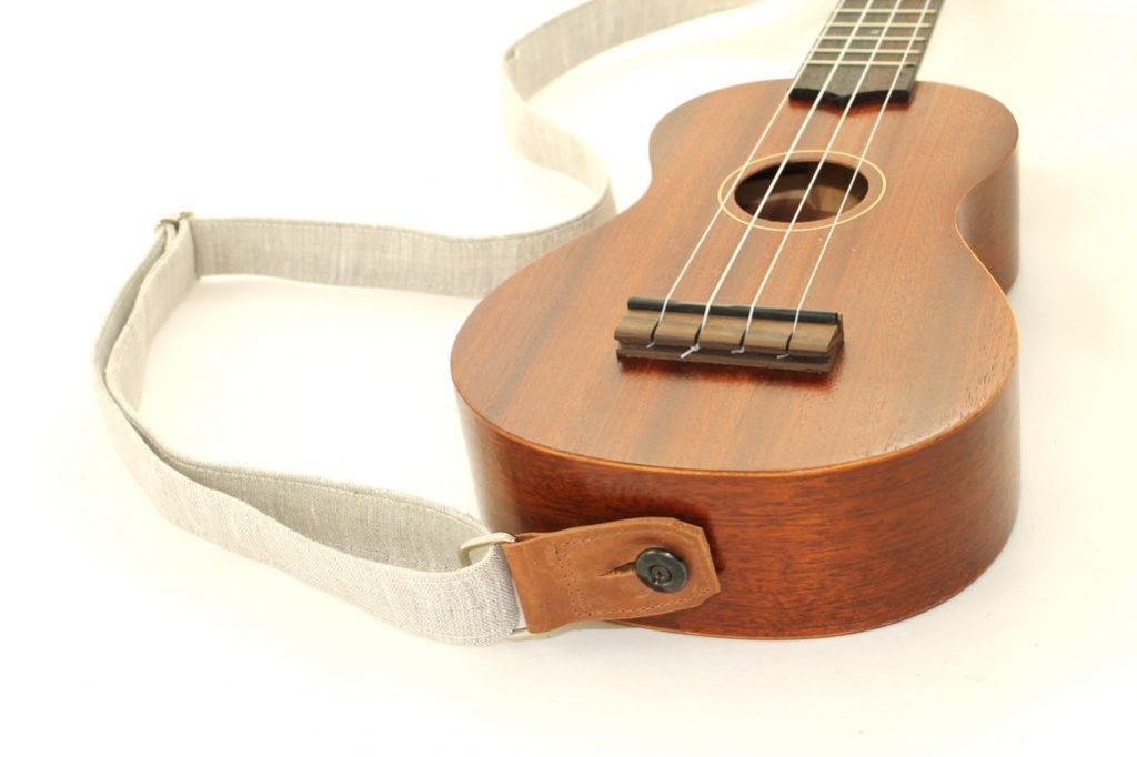 ukulele strap button